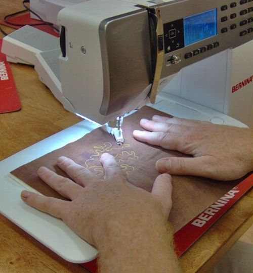Freehand quilting designs on Bernina 530 QE