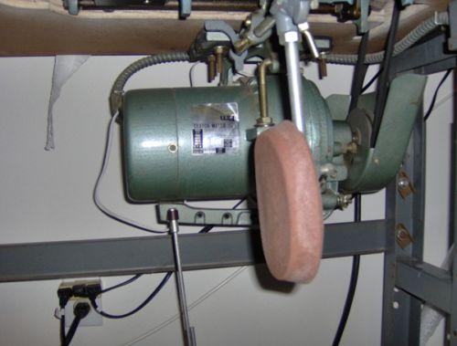 A convenient bobbin winding mechanism