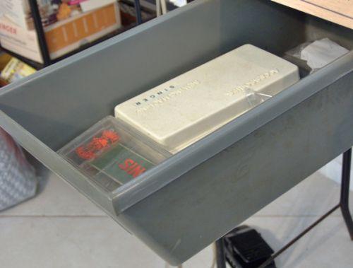 Singer 20U's utility drawer