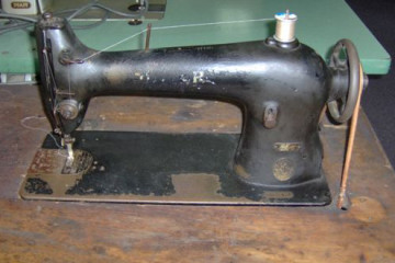 Singer 66 sewing machine