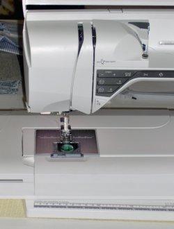 Straight stitch plate